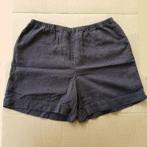 [2/$6] J. Jill Familiar fit at Waist Shorts